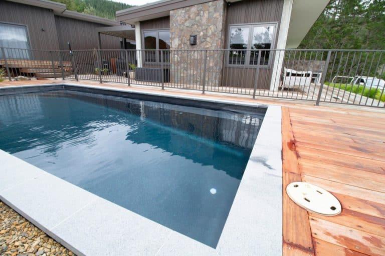 Pool-10-g